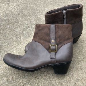 Clarks Leather Bendables Boots